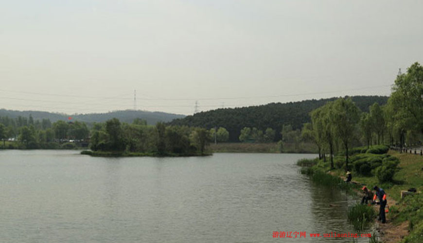 棋盘山秀湖