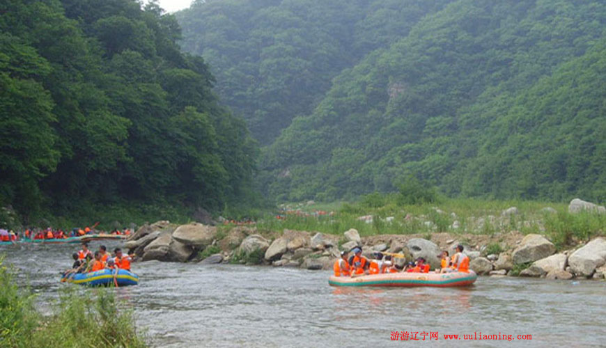 红河峡谷漂流