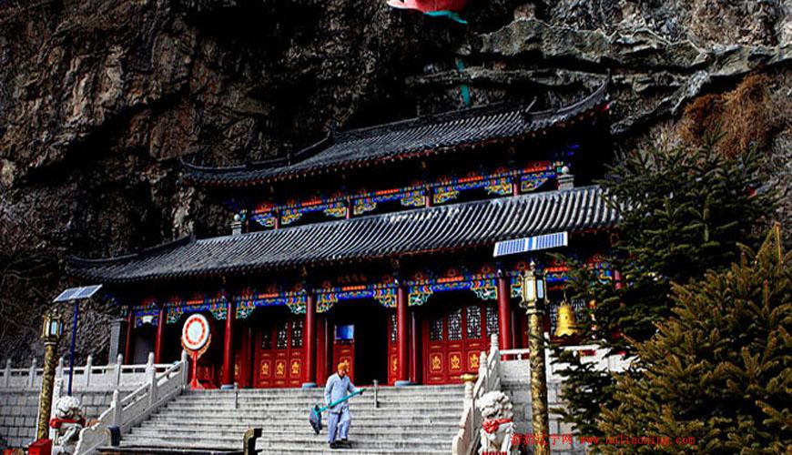 龙峰山风景区