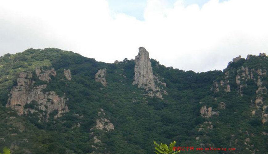 努鲁尔虎山自然保护区