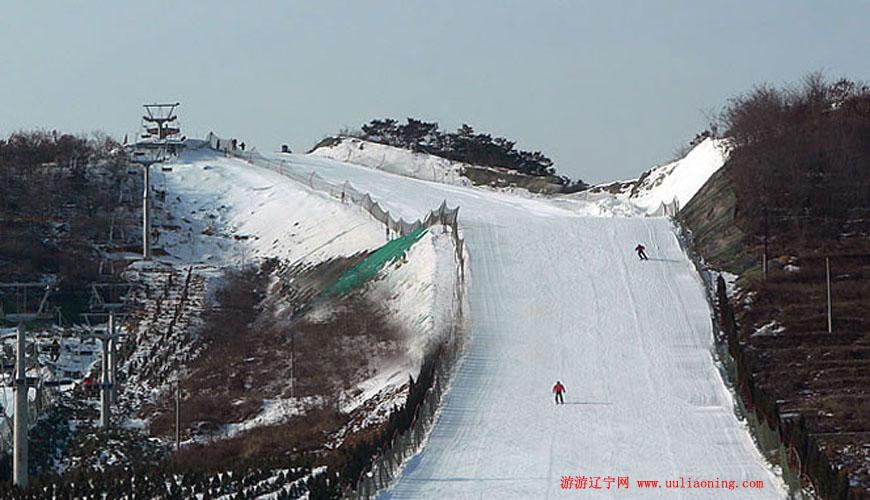 欢乐雪世界滑雪场