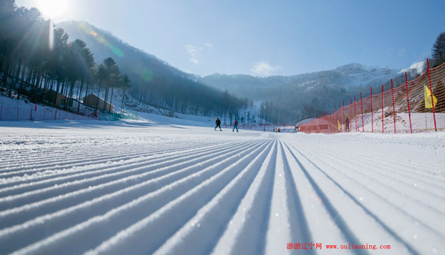天桥沟滑雪场