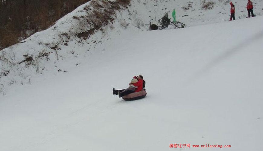 抚顺市举办乡村冰雪节