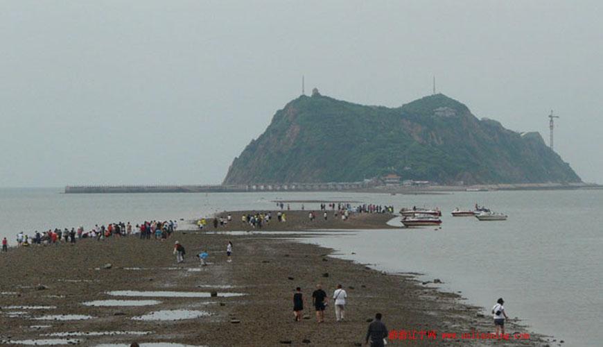 春节假期笔架山迎来游客潮