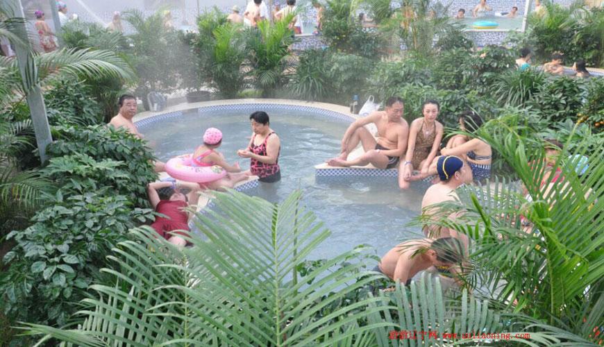 台安龙湖温泉度假村